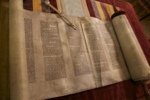scroll 2 img_0108_595